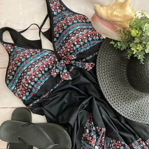 Other - NEW! Plus Size Tankini Top